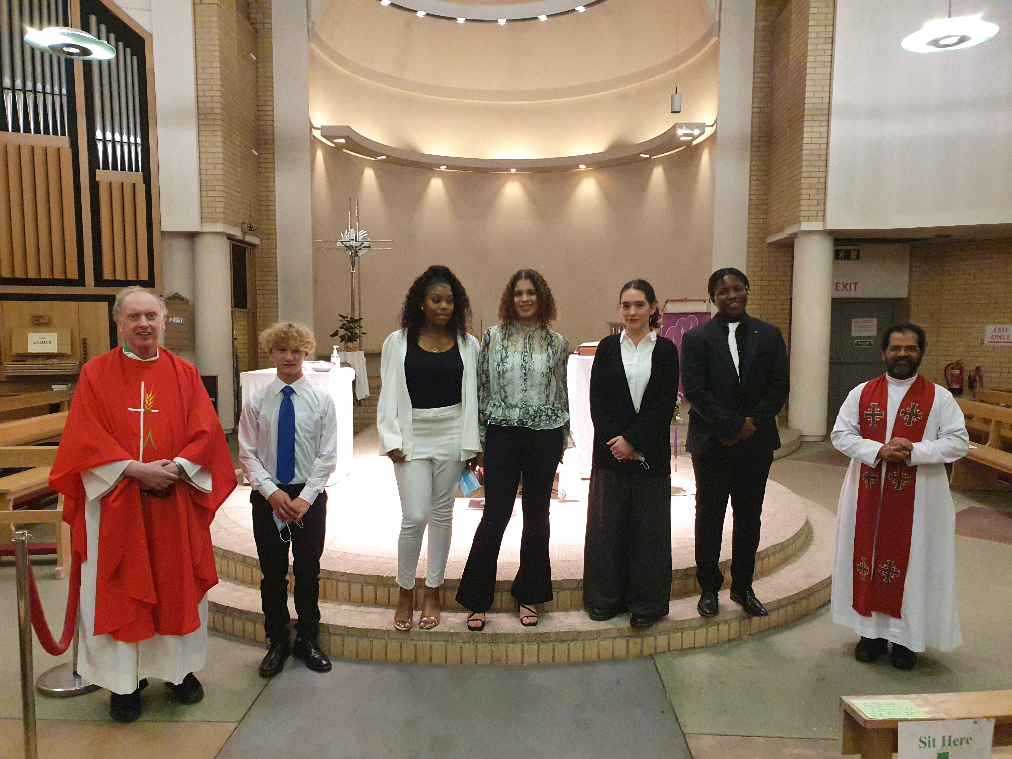 Candidates Confirmation 2020 with Canon Niall & Fr John